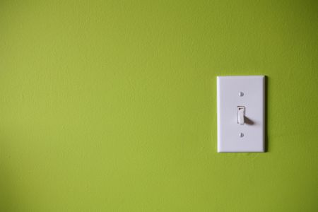 Warning Signs of Defective Wall Switches