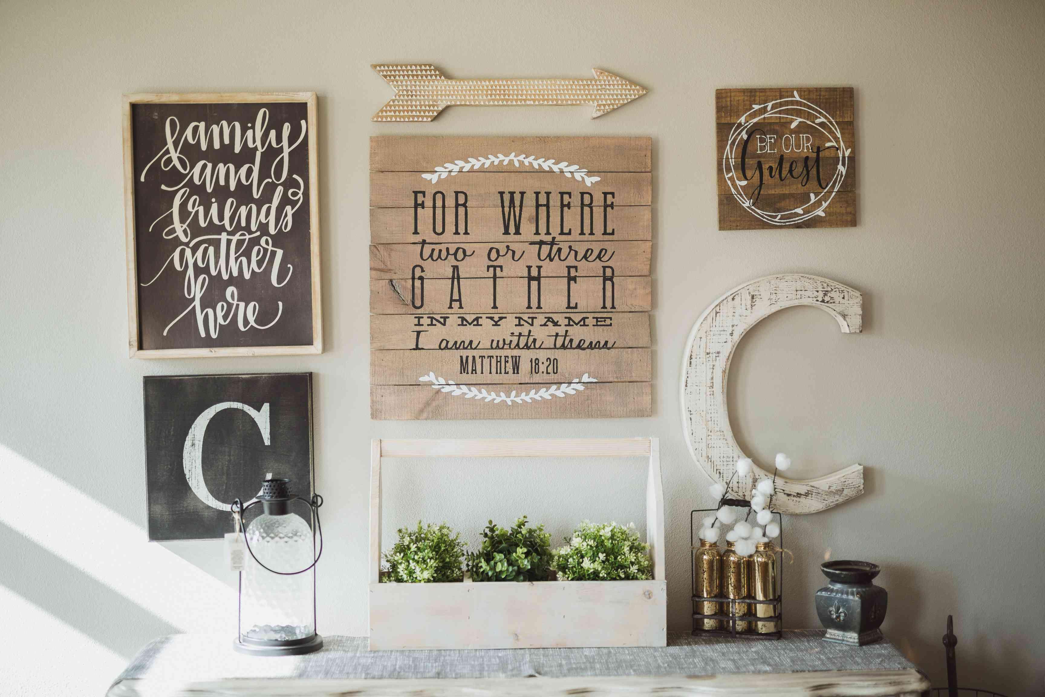 kitschy farmhouse signs