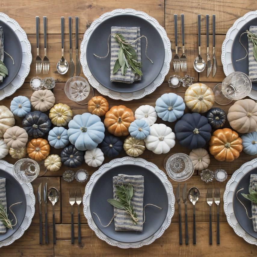 Centro de mesa de boda de otoño de calabaza moderna