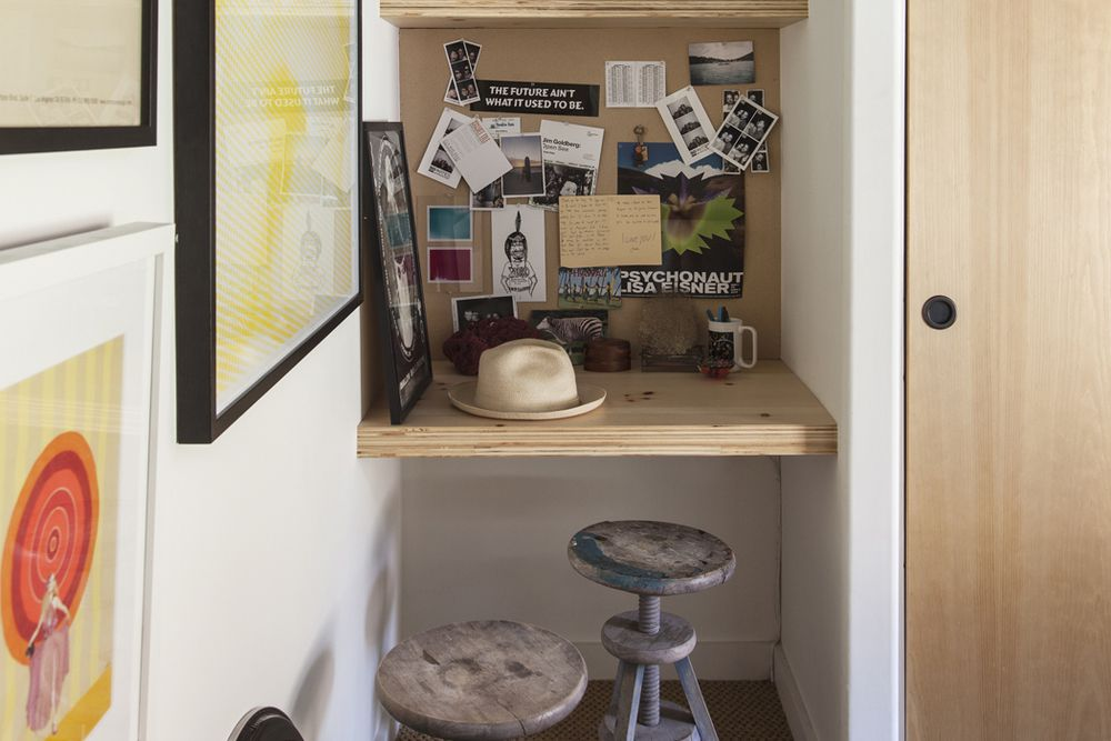 Turn a tiny hook into a home office