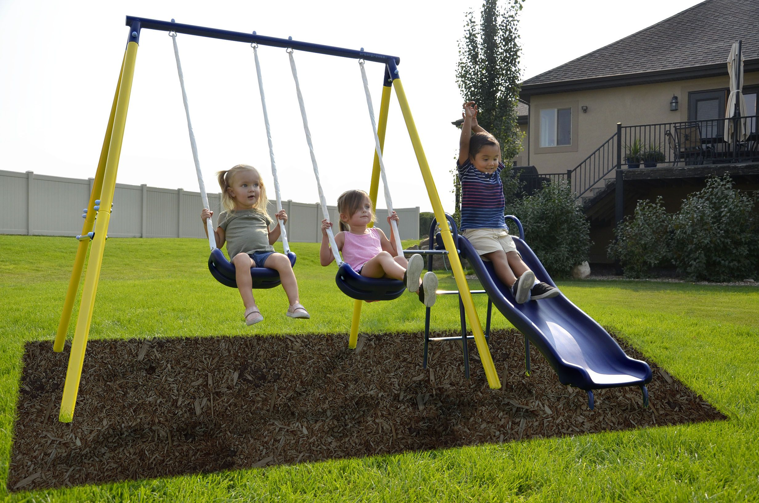 The 8 Best Swing Sets to Buy in 2019