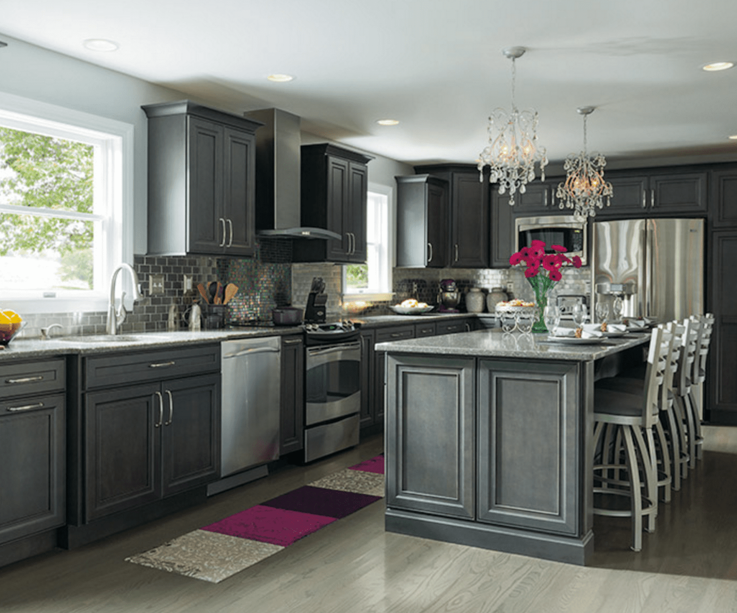 Inspiring Gray Kitchen Design Ideas - Kitchen designs with gray cabinets