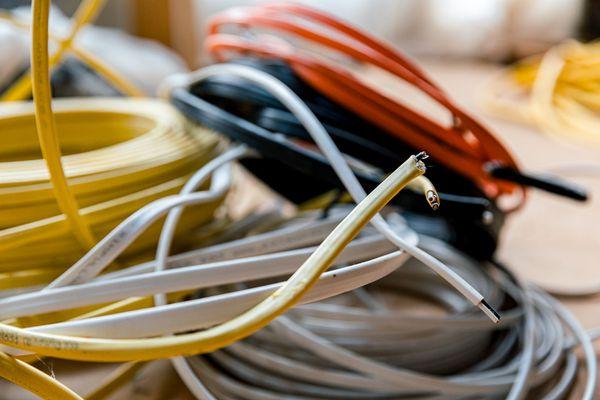 unattached wires