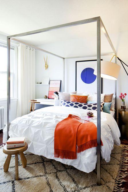Dormitorio vibrante y multicolor diseñado por Darlene Chimaliro