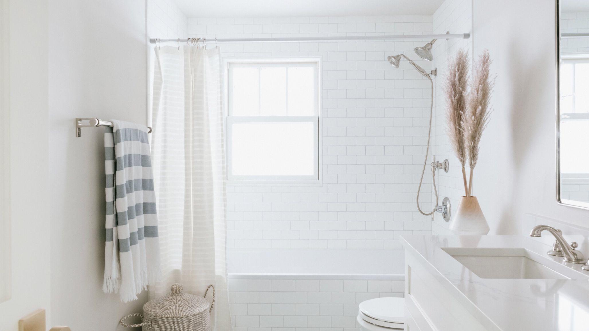 27 Small Bathroom Ideas From Interior, Design Ideas For Small Bathrooms