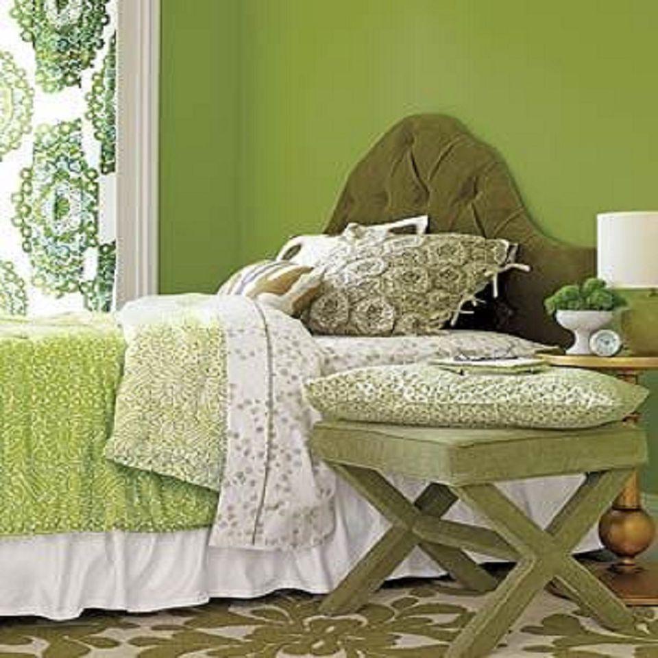 Monochromatic Bedroom Color Scheme: Decorating With A Monochromatic Color Scheme