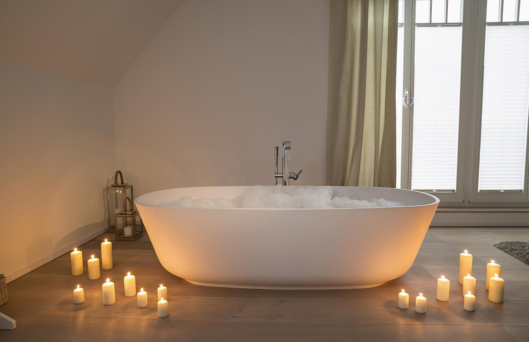 4 Ways To Make Bath Time Even More Relaxing