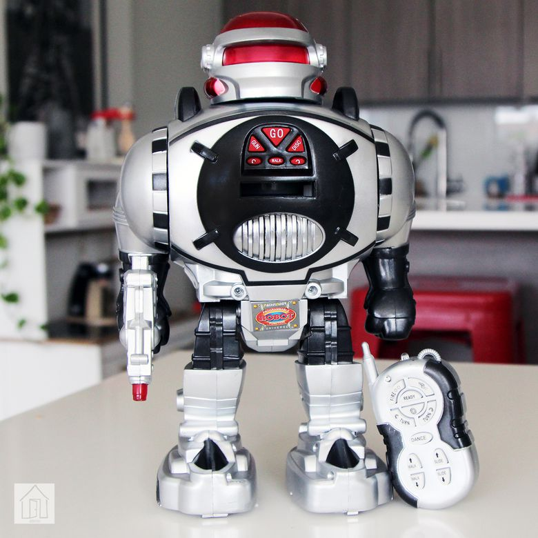 Click N' Play Remote Control Robot