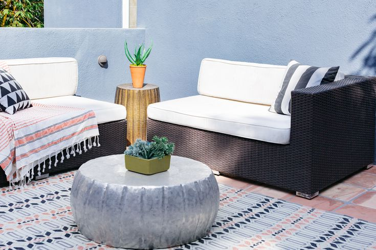 Tiny Apartment Balcony, Small Space Outdoor Furniture Ideas