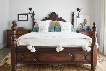 Traditional Bedroom Furniture That Feels Modern