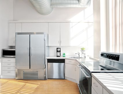 Kitchen remodeling for under 10000 you can do a lot with an l shaped kitchen solutioingenieria Choice Image