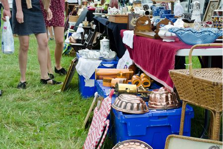 Charlton Flea Market And Antiques In Massachusetts