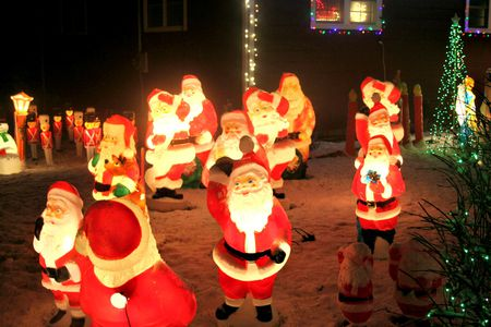 vintage lawn decorations are still being made - Lighted Christmas Lawn Decorations