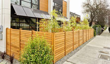 Modern Style Horizontal Slat Fence