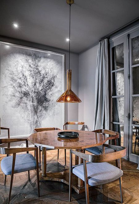 Large Scale Wall Art In A Gray Dining Room