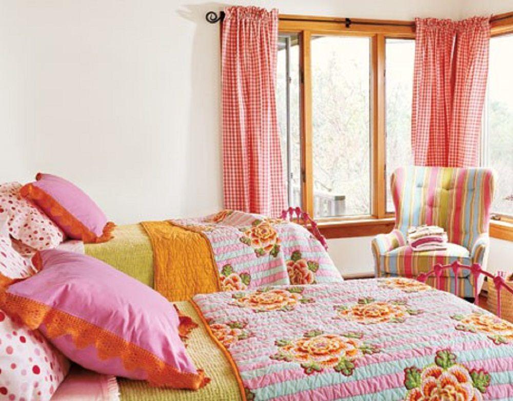 Dormitorio naranja y rosado