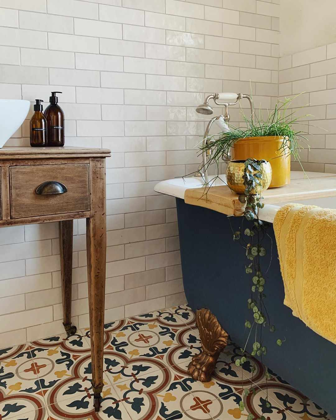 Bathroom with colorful Moroccan tile