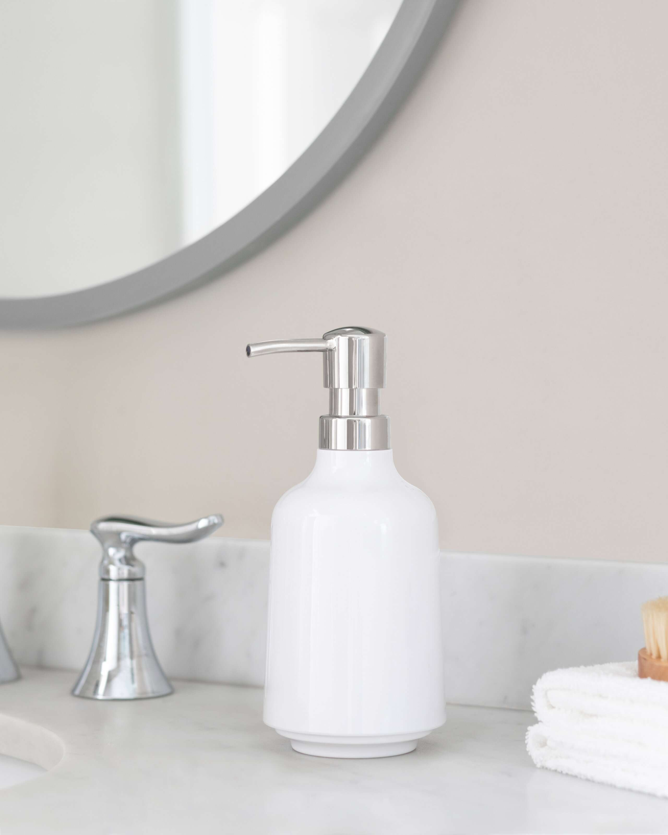 The 11 Best Soap Dispensers Of 2021