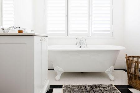 Standard Bathtub Sizes Reference, Garden Tub Shower