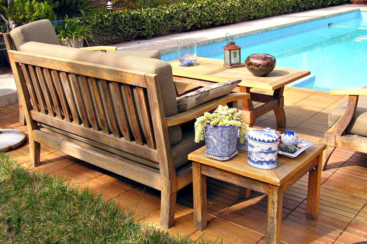 Patio Furniture: Types and Materials - Garden Furniture Guide