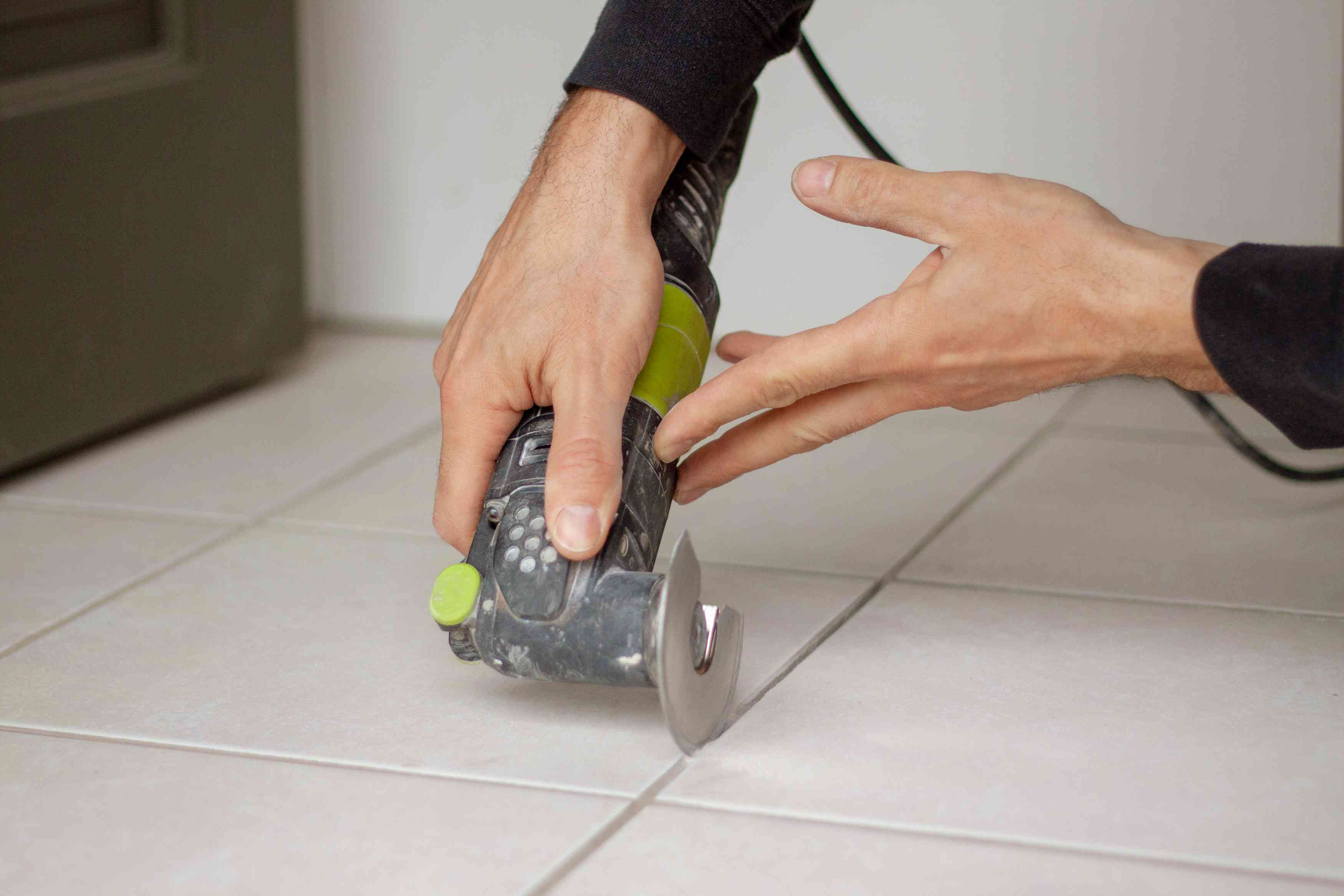 Angle blade on grout