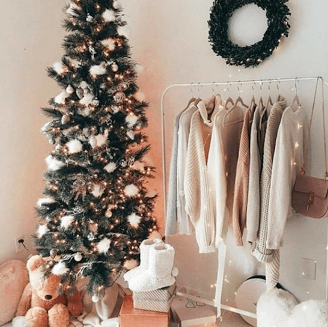 christmas tree with puffs on it