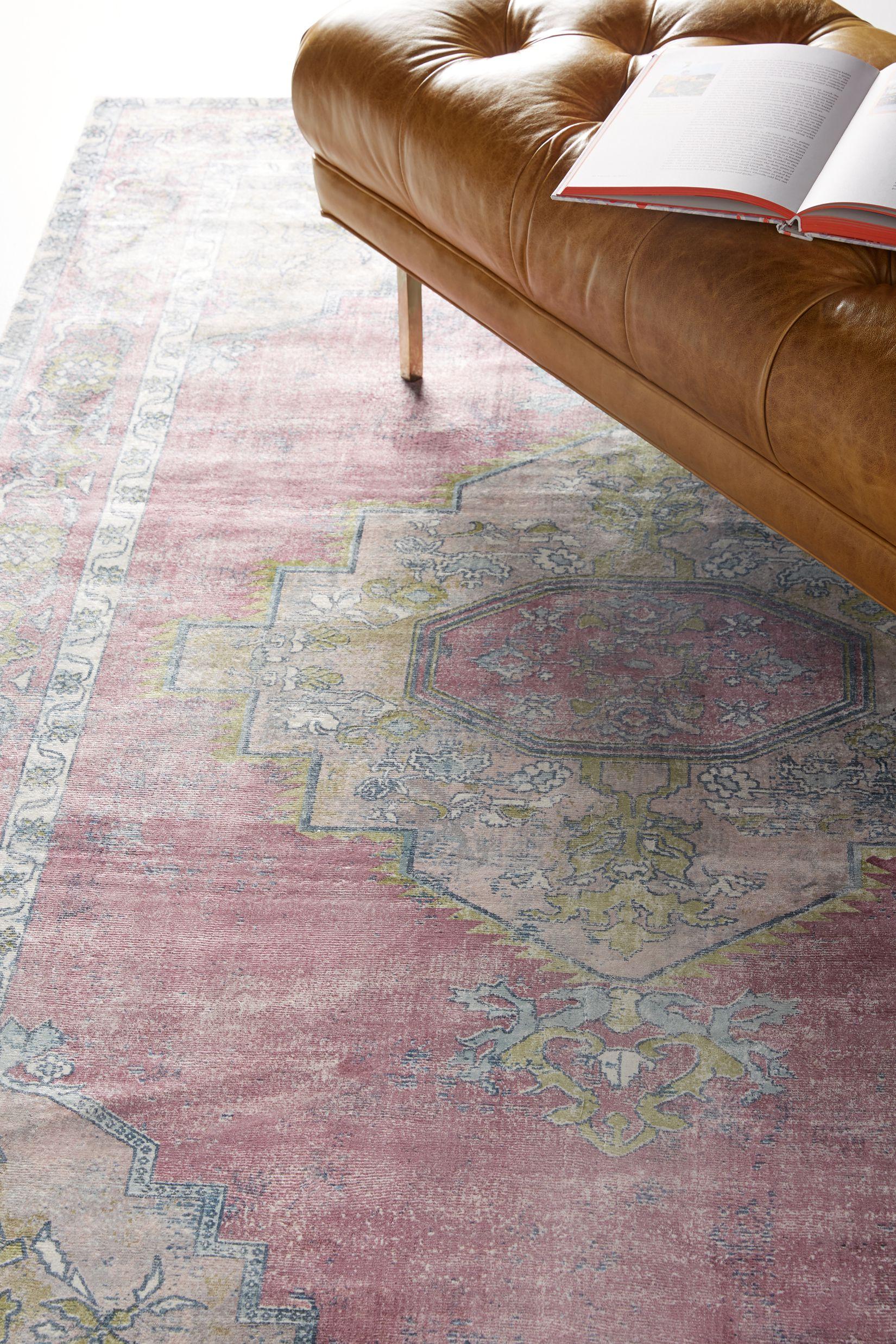 Ruby rug in medium pink