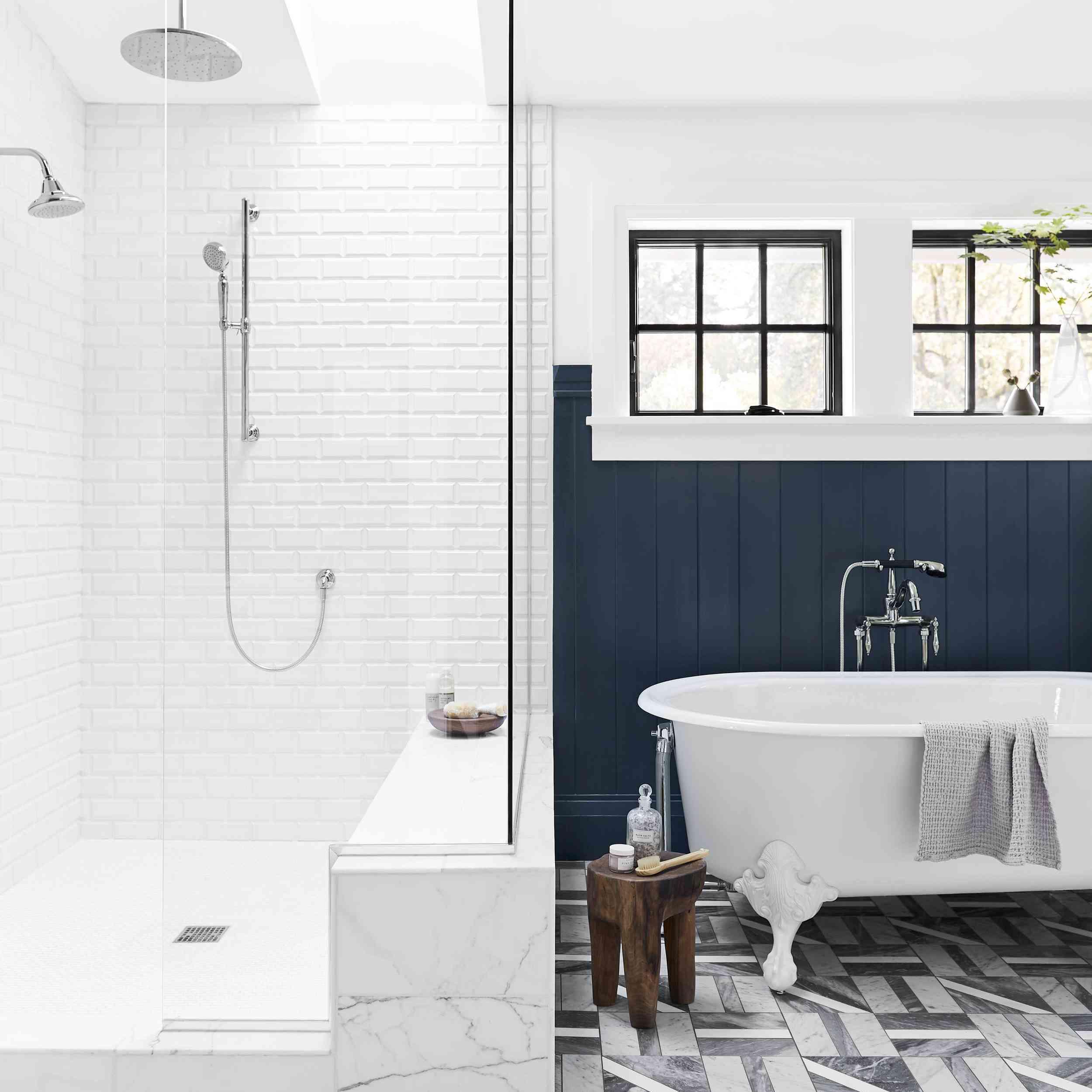marble tile patterned floor in bathroom
