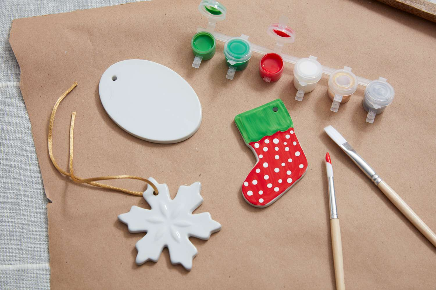 DIY Christmas ornaments and paint