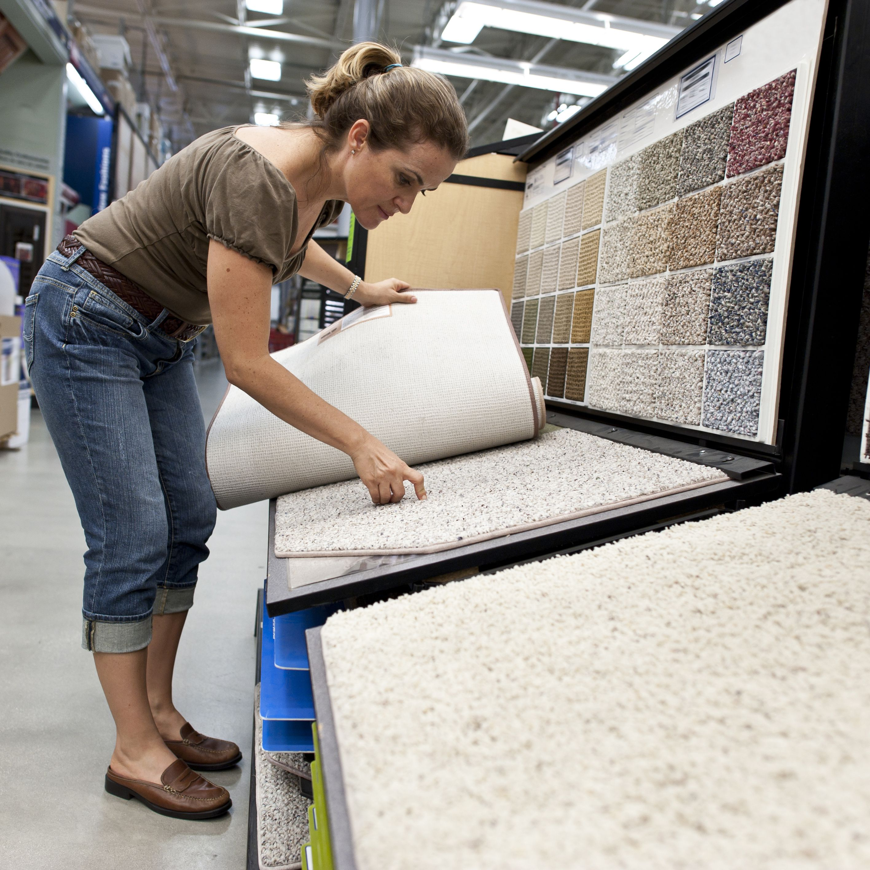 Where Is the Best Place to Buy Carpet?