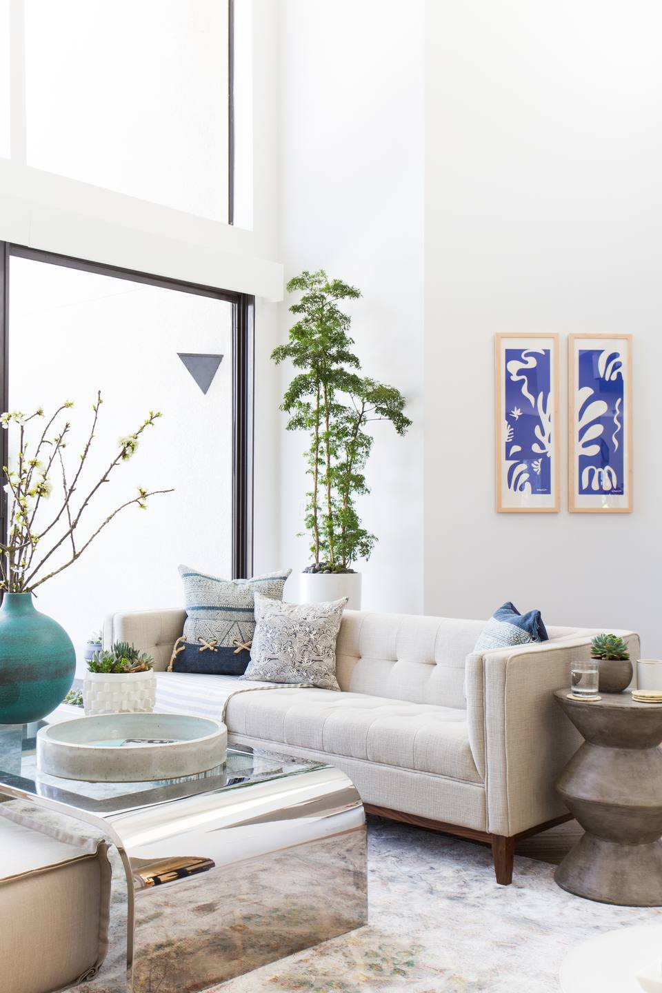 This West Coast Designer's Pad Will Take Your Breath Away