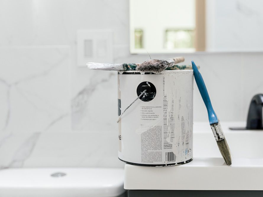 How To Paint A Bathroom The Right Way