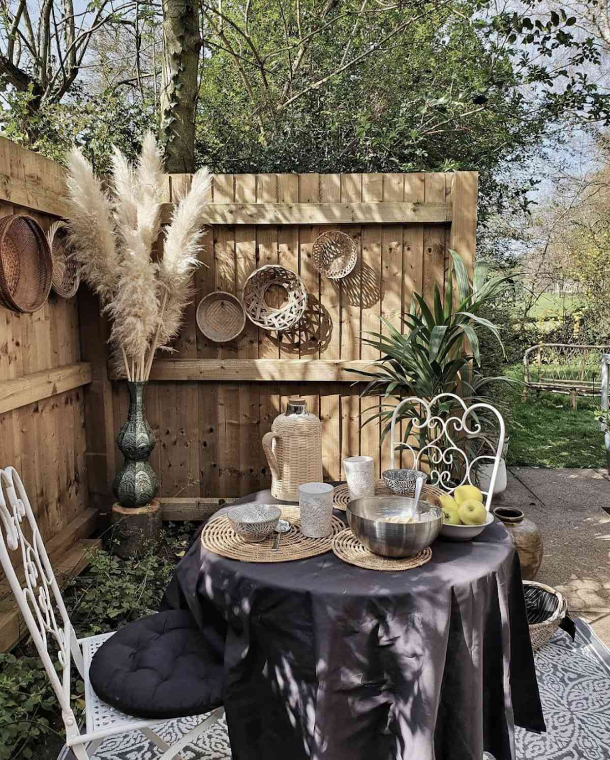 small backyard table and chairs for dining