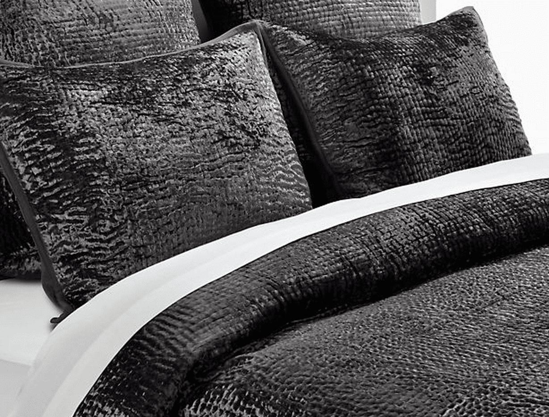 Velvet charcoal bedding