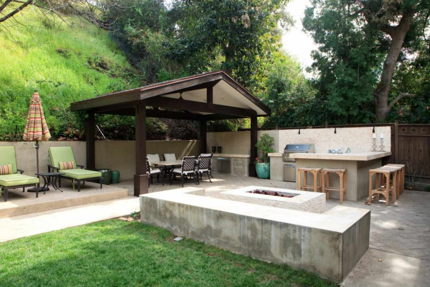 50 Enviable Outdoor Kitchens For Every Yard