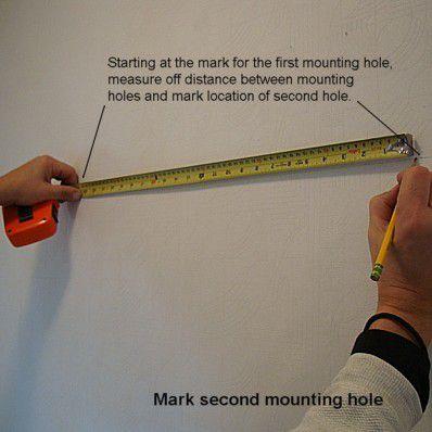 Измерение стены на монтажное отверстие