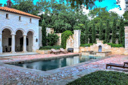 25 Beautiful Mediterranean Pool Designs