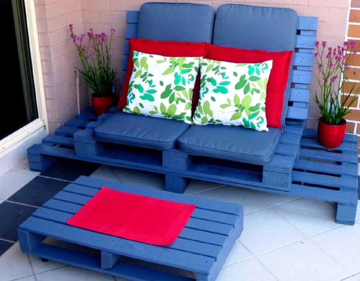 Wood Pallet Outdoor Double Lounge Chair