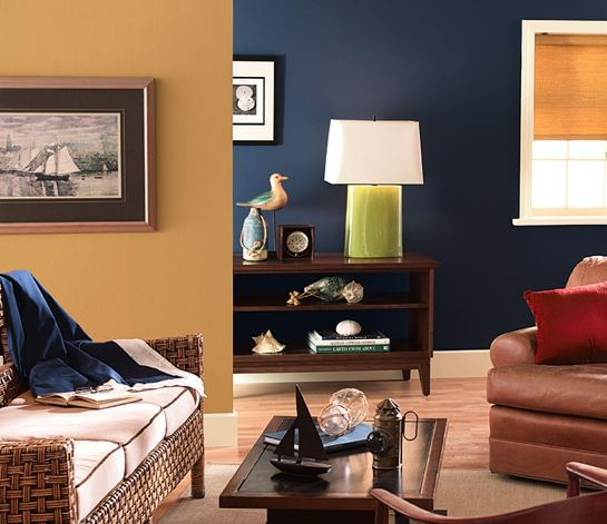 sala de estar azul oscuro