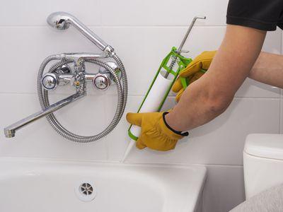 Bathtub sealant