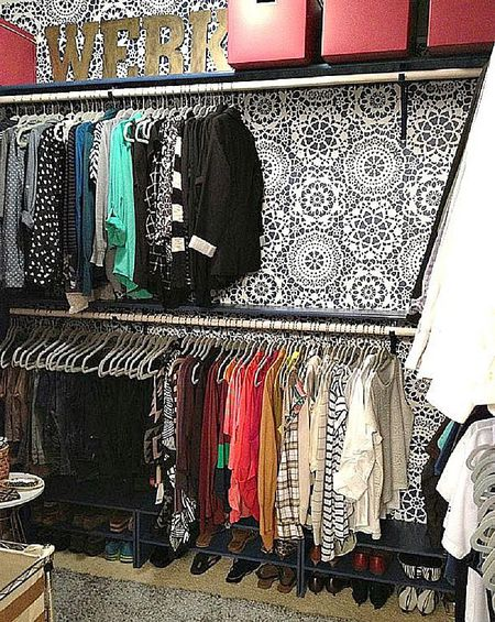 Easy Ways To Decorate Your Bedroom Closet