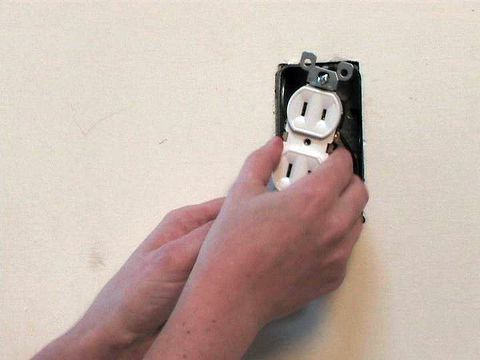 2 prong outlet