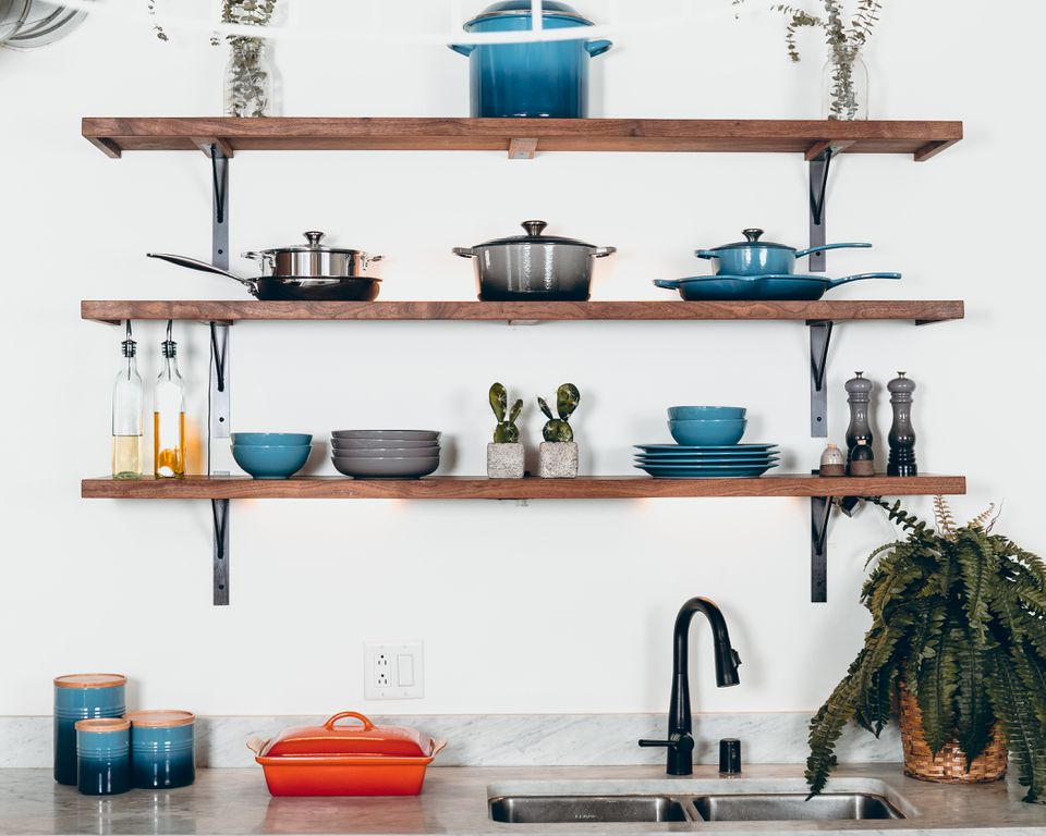 Ceramic pots and cookware