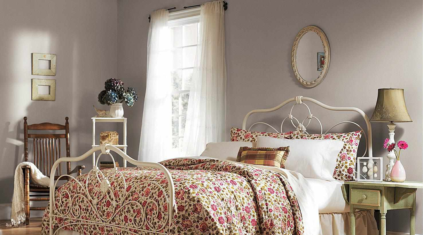 13 Tranquil Paint Colors For Bedrooms