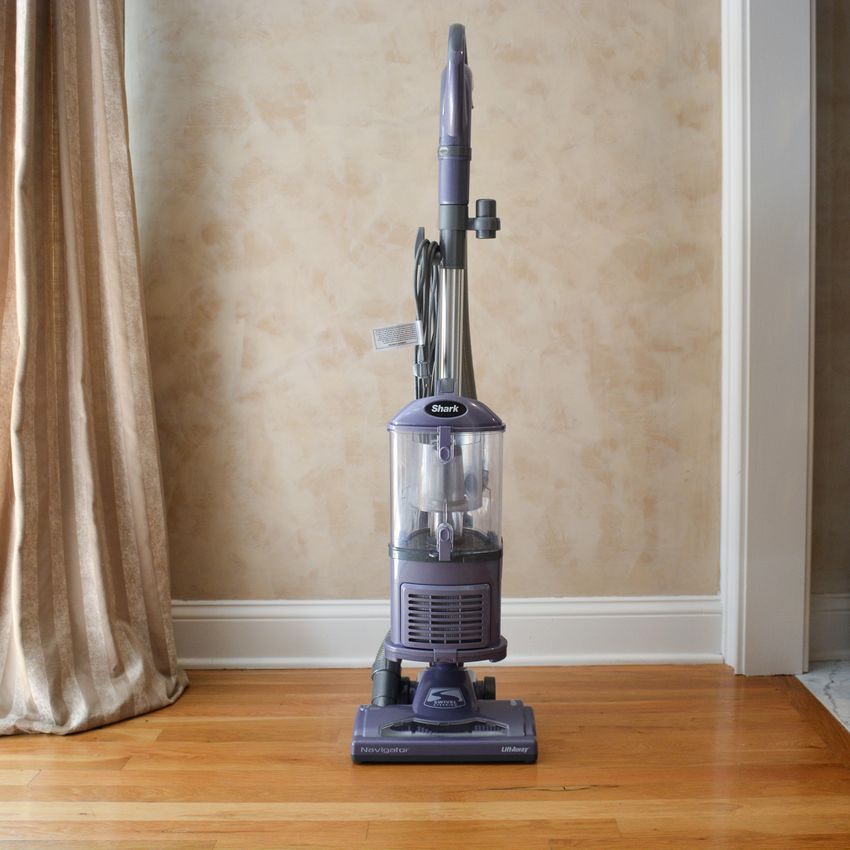 Shark Navigator Lift-Away Upright Vacuum