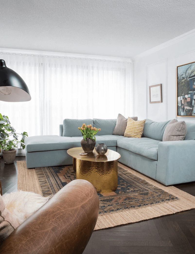 living room without clutter