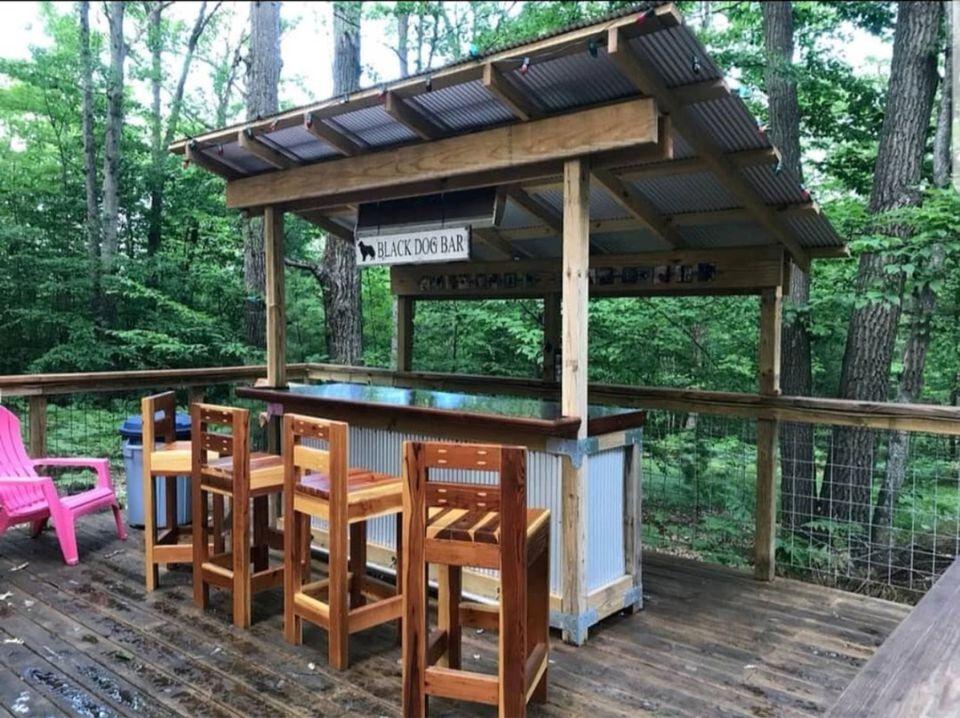 25 Smart Outdoor Bar Ideas on Backyard Bar Ideas id=15674