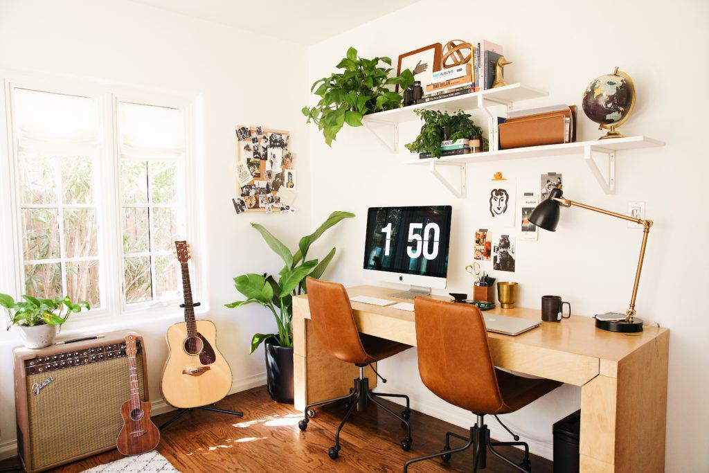 Awesome 27 Surprisingly Stylish Small Home Office Ideas Home Interior And Landscaping Oversignezvosmurscom