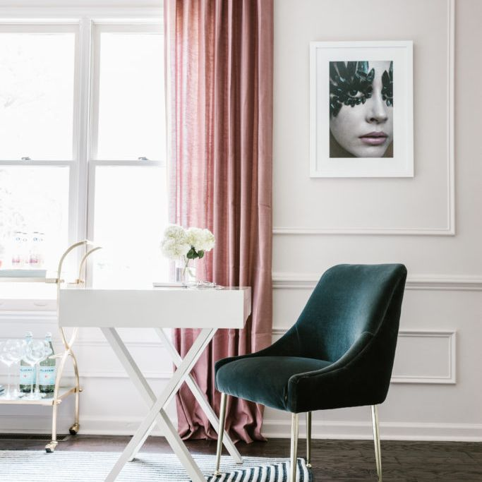 Shannon Claire Smith pink room