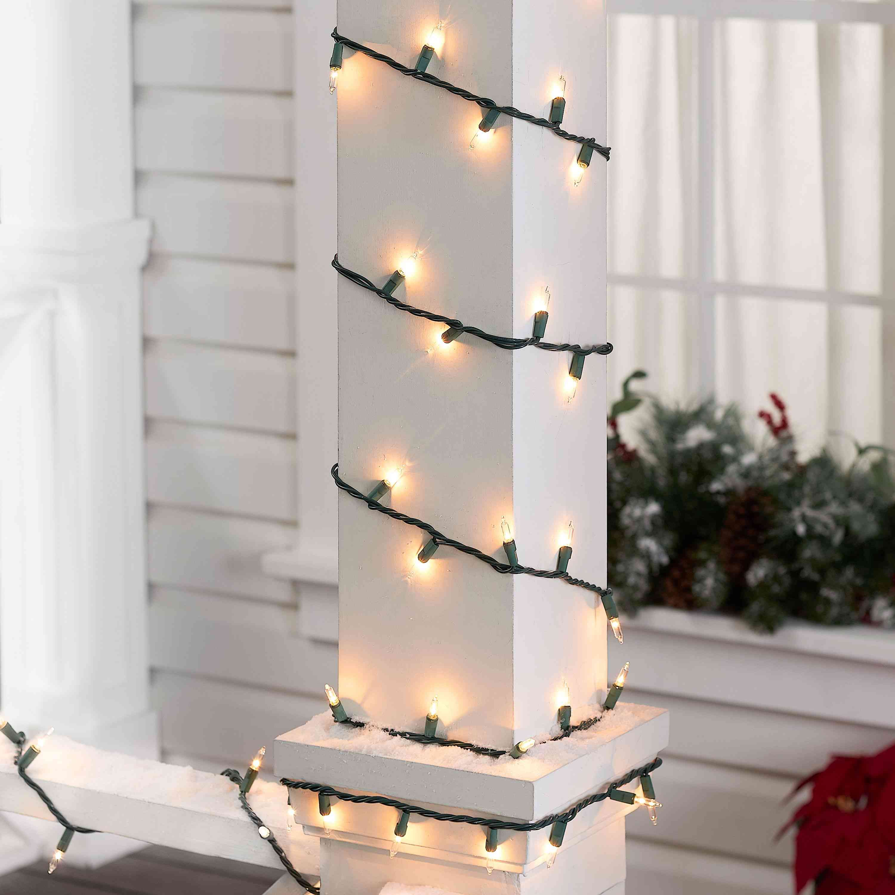Best Led C9 Christmas Lights 2021 The 10 Best Outdoor Christmas Lights Of 2021